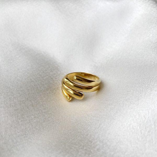 Anel Adhara em Prata com Banho de Ouro 24K